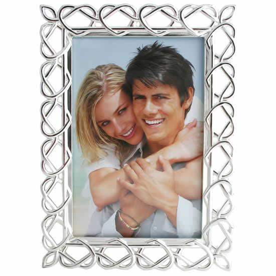 Cadre en métal décorés de cœurs 10x15