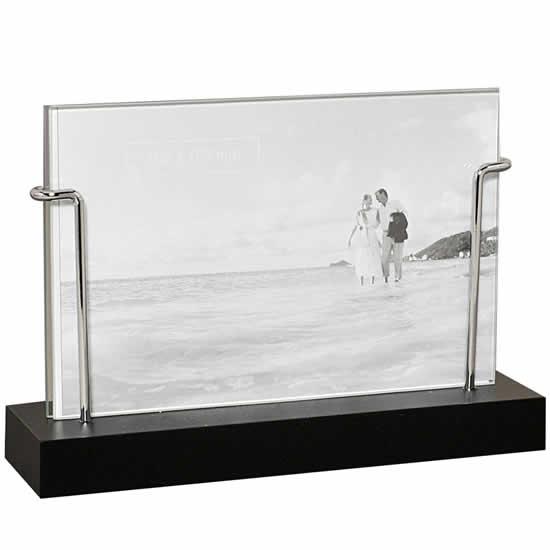 cadre photo verre a poser id e inspirante pour la conception de la maison. Black Bedroom Furniture Sets. Home Design Ideas