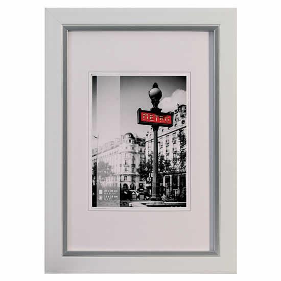 Cadre photo bois couleur blanc 10x15 cm metro walther for Cadre photo numerique mural
