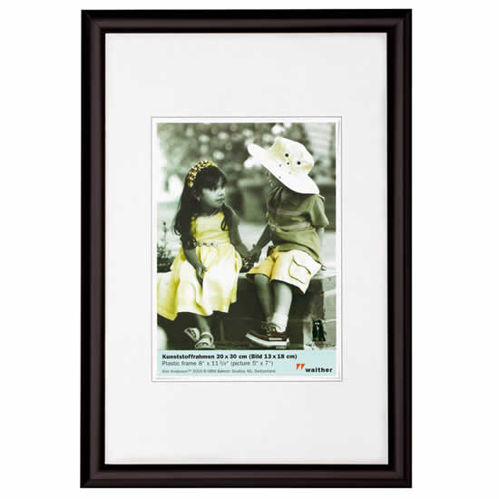 Cadre photo noir 40x50 trendstyle walther for Cadre mural photo