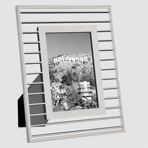 cadres photo poser. Black Bedroom Furniture Sets. Home Design Ideas