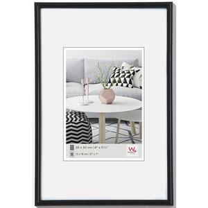 cadre photo 60x80 cm noir classique walther. Black Bedroom Furniture Sets. Home Design Ideas